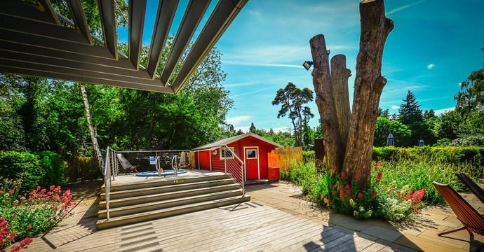 Foxhills Spa gardens